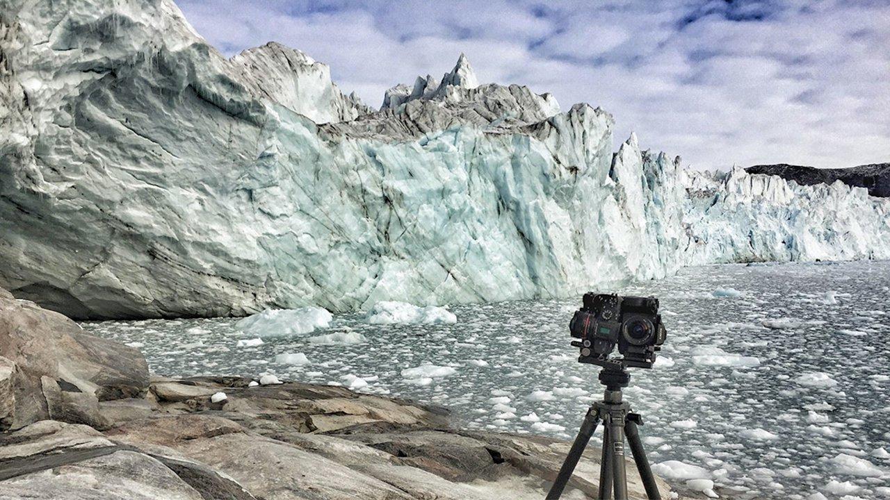 XRMust_GreenlandMelting_Still01.jpeg